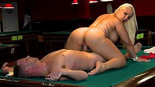 Big ass Milf Bedeli Butland