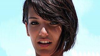 Super cute brunette Scarlett, does it for money