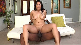 Jessica Bangkok taking big black cock