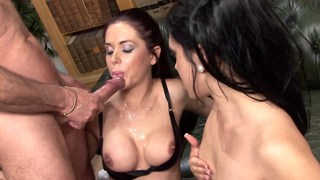 Anaya Leon and Hannah Shaw group fucking