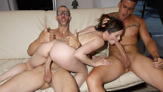Threesome with amateur