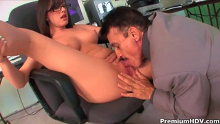 Naughty secretary Jennifer White pleasures her boss