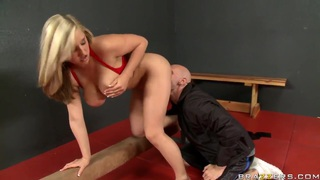 Extremely busty sex goddess demonstrates hot flexibility