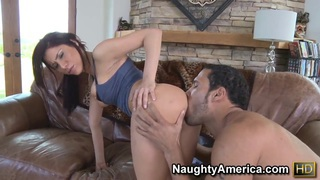 Athletic Carlo Carrera in the living room giving an ass lick before a fuck