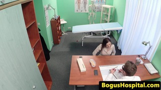 Amateur squirting eurobabe visits her doctor