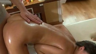 Beauty needs senseless pleasuring for her vagina