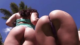 Rebeca Linares and Gracie Glam  Assparade