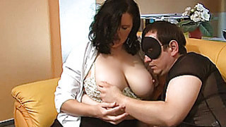 Chubby amateur mom sucks and gets masturbated