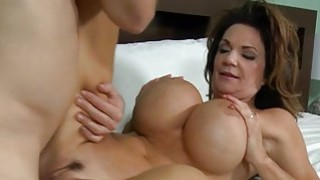 Biggest erected knob bangs sexy milf without mercy