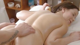 Sexy gf demonstrates oiled body