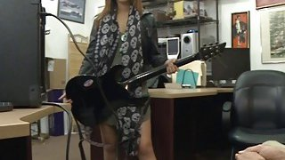 Pretty rocker drilled by horny pawn guy in the backroom