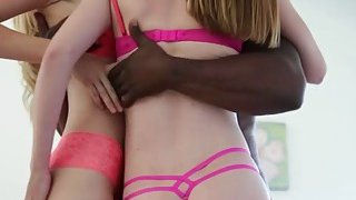 Alexa Grace and Bailey Bay interracial threesome session