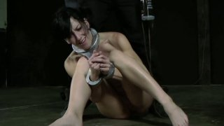 Hussy jade Elise Graves gets a hard butt plug in a hardcore BDSM video