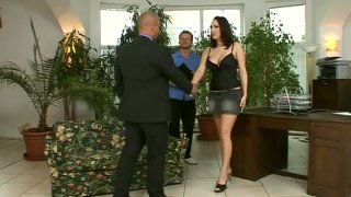 Shameless redhead secretary Lea Magic pleases her bosses
