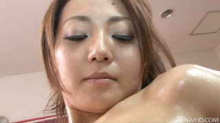 Brilliat Yuu Shiraishi gets her pussy wet with fingers and toys